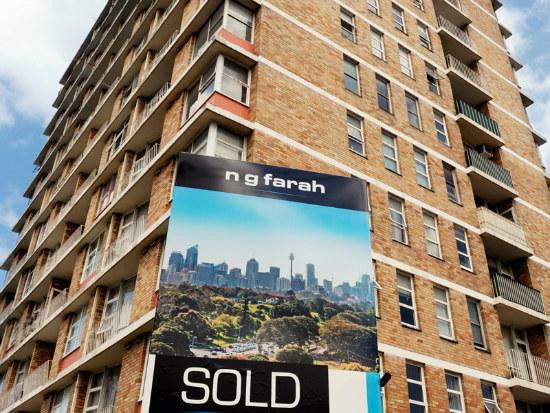08_Home loan demand sinks