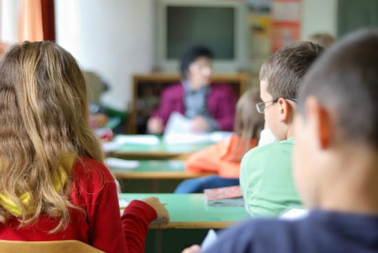 15_Wage gap starts at high school report